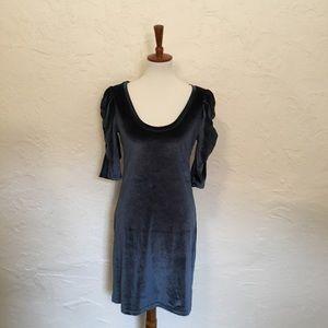 Vila velour dress. Size medium.
